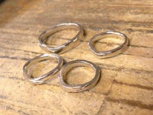 鋳造したプラチナ指輪