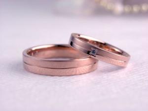 ピンクゴールドの手作り結婚指輪