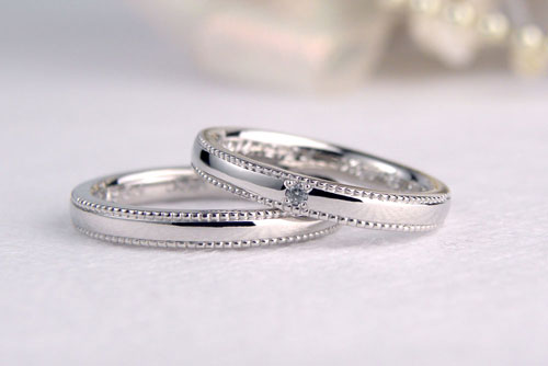 ミル打ちが可愛い手作り結婚指輪