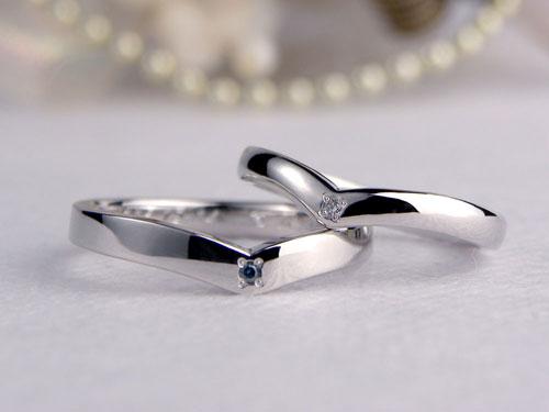 V字型手作り結婚指輪