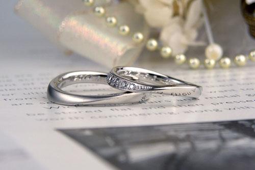 半分ダイヤの手作り結婚指輪