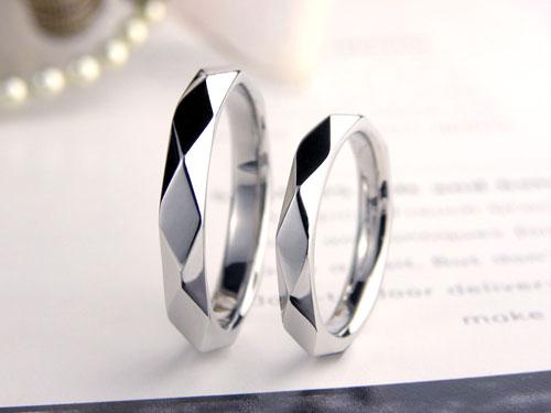 ひし形模様の手作り結婚指輪