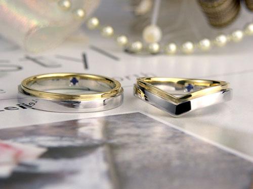 V字とストレートのコンビ結婚指輪