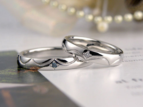 レース模様の結婚指輪