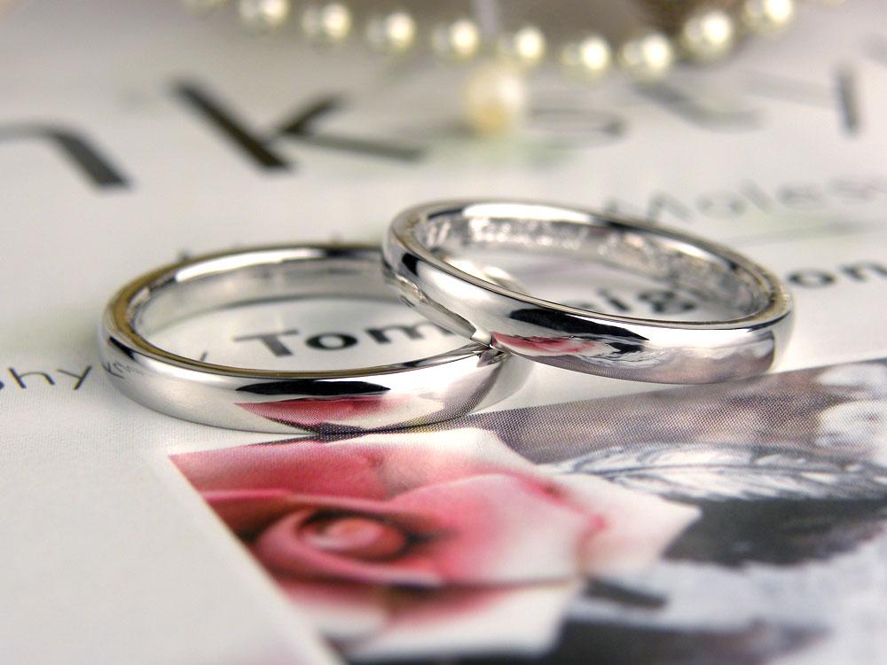 ストレートシンプルな手作り結婚指輪