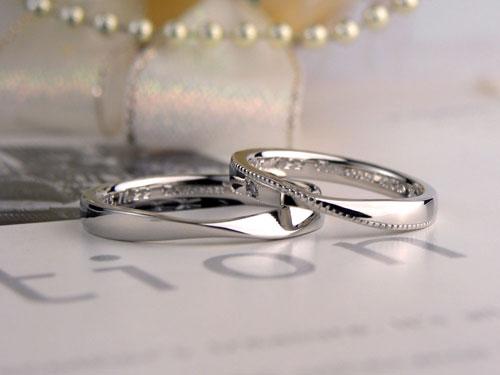 メビウスの輪ミル打ち指輪
