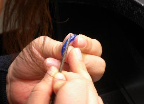 指輪の捻りも手作り