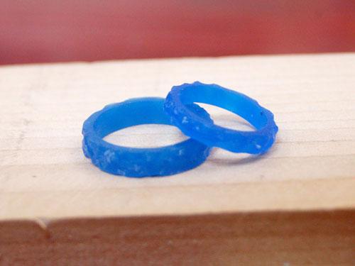 凸凹した指輪のワックス