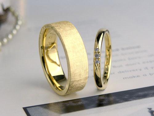 イエローゴールド幅広結婚指輪