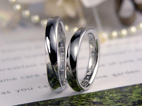 斜めライン光沢ツヤ消し結婚指輪