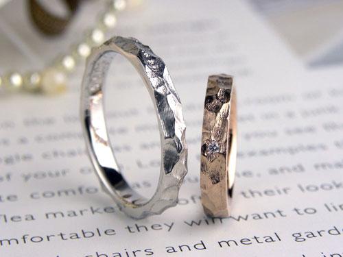 岩肌模様の手作り結婚指輪