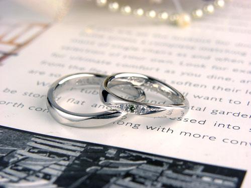 黄緑ダイヤの手作り結婚指輪