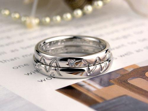 イニシャルM浮かぶ手作り結婚指輪