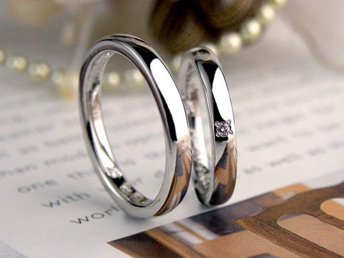 ピンクダイヤの手作り結婚指輪