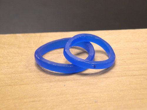 S字型の手作り結婚指輪原型