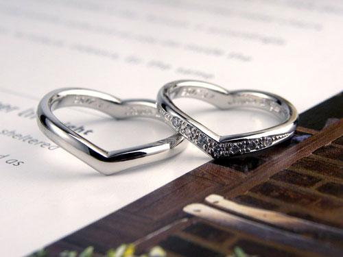 ハートの形でダイヤが豪華な手作り結婚指輪