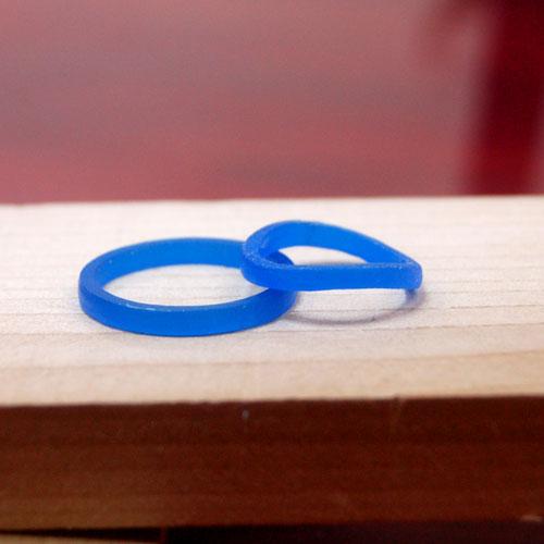 男女で形の違う手作り結婚指輪ワックス