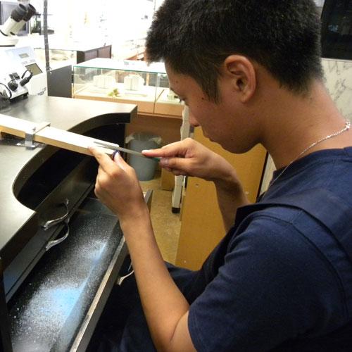 サプライズ指輪手作り作業