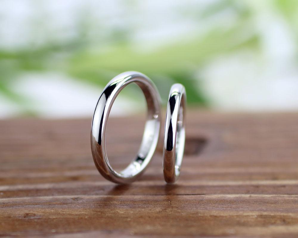 シンプルな甲丸手作り結婚指輪