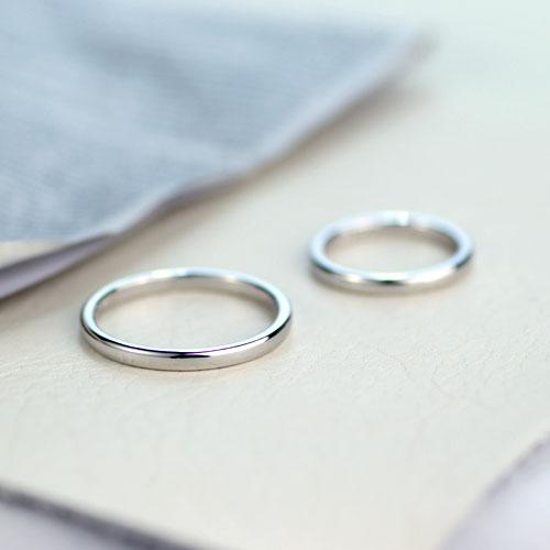 プラチナ細身の手作り結婚指輪