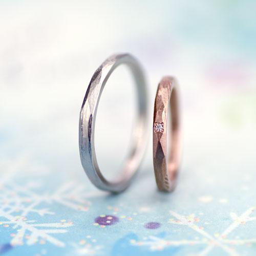 削り跡を活かした手作り結婚指輪