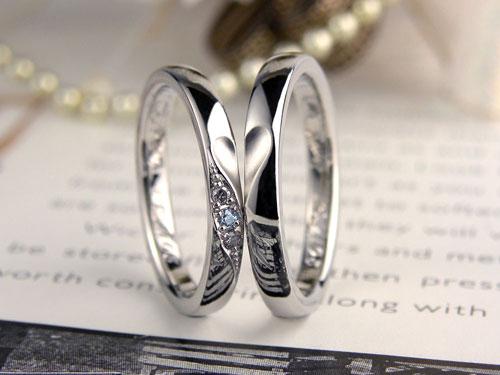 合わせるとハート水色ダイヤの手作り結婚指輪