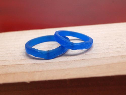 V字指輪のワックス原型