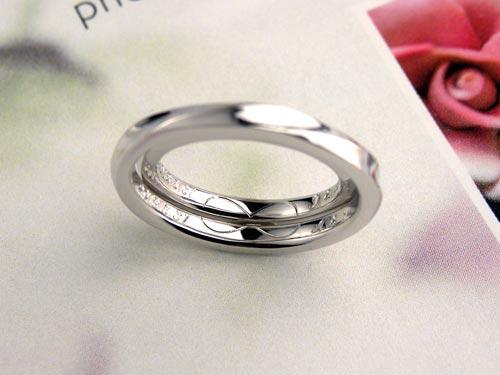 内側に無限大のマークを入れた手作り結婚指輪
