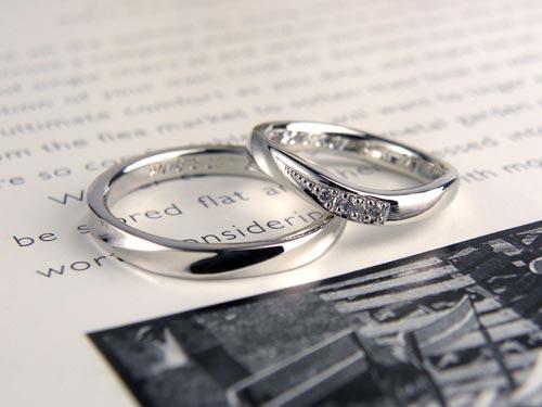 U字型ダイヤ手作り結婚指輪
