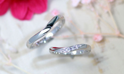 U字型ダイヤエレガント手作り結婚指輪