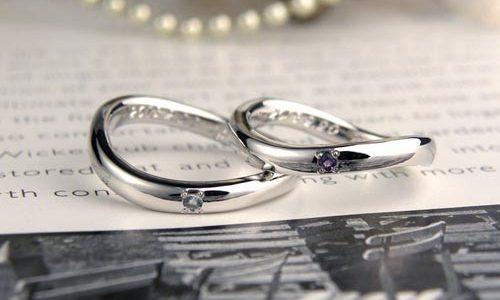 誕生石を入れた手作り結婚指輪