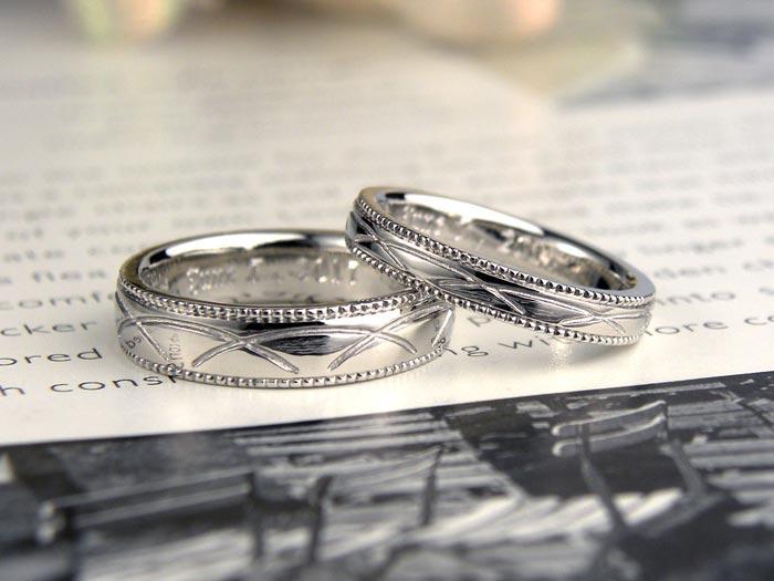 水の波紋の手作り結婚指輪