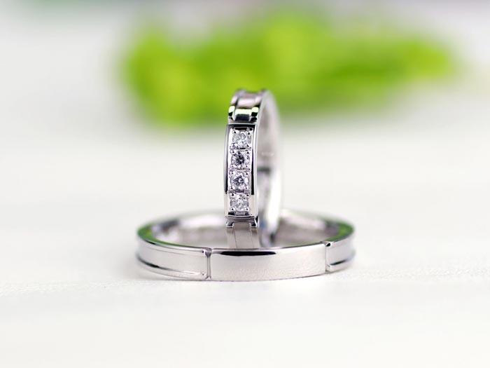 クールダイヤ大きめ手作り結婚指輪