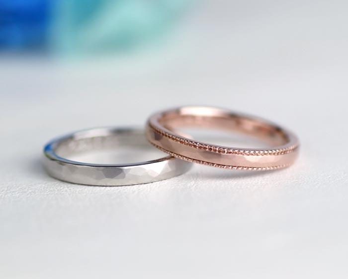 槌目にミル打ちを入れてつや消しの結婚指輪