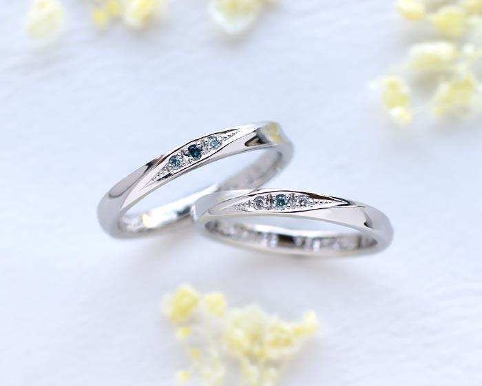 水色とブルーダイヤを入れた手作り結婚指輪